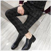 gelber schwarzer plaidstoff großhandel-Der Anzug der karierten Hose des Mattstoffes der Männer gelb schwarz Marineblau 5XL beiläufige Mannhosen des modischen Geschäfts schlank elegant und bequem