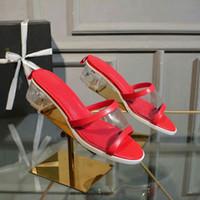 chaussures colorées achat en gros de-2019 NOUVEAU Coloré Mules Sandales ROUGE BLEU NOIR Marque de luxe designer pantoufles Mules PVC Agneau Femmes Bas Talon De Mode chaussure