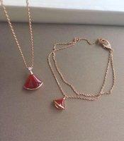 collar de la naturaleza rojo al por mayor-S925 collar de plata con forma de abanico con ágata roja y collar de diamantes para las mujeres collar de regalo de boda joyería PS7063