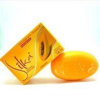 jabones para blanquear la piel al por mayor-Silka Skin Whitening Papaya Soap Lightening Herbal Body Piel Jabón Blanqueador Limpiador Facial Areola Labia Eliminación de Melanina