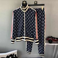 fotos de punto al por mayor-2019 moda para hombre chándal diseñador abrigo hecho punto abrigo sudadera manga larga hombres chaqueta diseñador de lujo chándal (abrigo + pantalones) imagen real