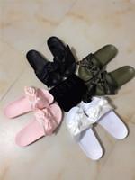 lüks yuvarlar toptan satış-Marka pum fenty bandana slayt kadınlar tasarımcı lüks terlik moda sandalet saray mahkemesi tarzı klasik Rihanna yay siyah beyaz kırmızı mor