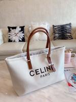 hakiki deri cowhide timsah çantası toptan satış-Gerçek deri çanta kadın yeni tasarımcı aziz Timsah Desen Dana Gümüş zincir Hakiki Deri Lüks crossbody omuz çantası
