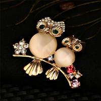 11caaf926 Rhinestone rosa dos broches para gatos Broches de búho Ramo de boda de  color oro Boda Hijab Bufanda Pin Up Hebilla Broches joyas Accesorios