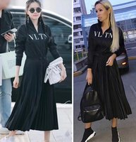 ünlü baskılı elbiseler toptan satış-Lüks Tasarımcı Kadın Elbise Siyah Standı Yaka Uzun Kollu Womne Marka Elbise Mektup Baskı Fermuar Ünlü Stil Pleats Uzun