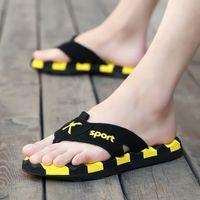 ingrosso scarpe di gomma cachi-Pantofole per uomo leggero pantofole piatte per uomo di grandi dimensioni 39-45 Toe Men pantofole estate casual infradito scarpe da spiaggia in gomma