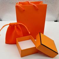 ingrosso borsa bianca rossa-New Fashion rosso / arancio / bianco / colore verde confezione scatola braccialetto set borsa originale e scatola regalo gioielli sacchetto di velluto, si prega di acquistare con gioielli