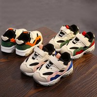ingrosso molle gancio-2019 Springs Kids Shoes Ragazzi Sneakers per ragazze Scarpe casual Maglia traspirante Patchwork HookLoop Sport Running Bambini