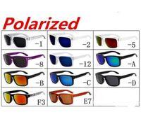 vr 46 toptan satış-YENI MARKA Orjinal Kalite VR 46 SUNGLASSES gözlük gözlükleri MAT SIYAH W / GRI IRIDIUM POLARIZE LENS IÇIN ERKEKLER 12 RENK