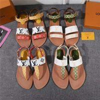zapatos para banquete al por mayor-S6 Las mujeres más nuevas de cuero tacones altos banquete zapatos de boda vestido de fiesta zapatos de tacón alto sandalias zapatillas Zapatillas planas remaches