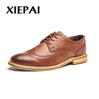 brogue oxford kleid schuhe großhandel-XIEPAI Neue 2018 Luxus Leder Brogue Herren Wohnungen Schuhe Casual Britischen Stil Männer Oxfords Modemarke Kleid Schuhe für Männer