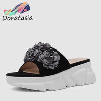 kinder rosa high heels großhandel-DORATASIA Brand New Big Size 33-40 Damen High Heels Plattform Kid Wildleder Blume Schuhe Frau Casual Außerhalb Sommer Hausschuhe