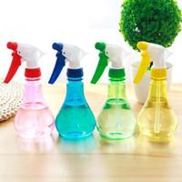 kleine gießkanne kunststoff großhandel-Hot 250ml Gartengeräte kleine Dose Bewässerung Blume Spray Topf Pflanze Sprühflasche