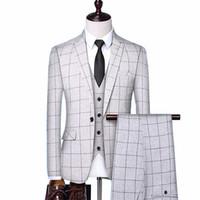 ingiliz takım elbise tasarımı toptan satış-İngiliz tarzı elbise ekose erkek yelek + blazer + pantolon moda tasarımı high-end ince düğün ziyafet iş takım elbise 3 parça resmi