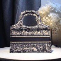 bolsas bordado designer venda por atacado-28cm clássicos sacos de praia de luxo designer bolsas bolsas esboço designer de bordados sacola sacos de compras de grande capacidade flores Livro Totes