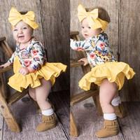 kızlar kış kısa seti toptan satış-Giysi set kış sıcak Bebek Bebek Kız Uzun Kollu Çiçek Baskı Tops + Şort + Kafa Giyim Kıyafet ropa recien nacido