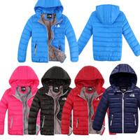ingrosso giacche 2t-Piumino per bambini Designer di marca NF The North Junior's Kids Winter Duck Cappotto imbottito Boy Girls Warm Hooded Face Outwear Top leggeri C8802