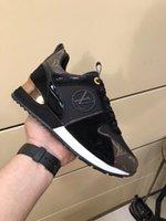 дизайн обуви из воловьей кожи оптовых-Известный дизайнер полноценного бренда разрабатывает спортивную обувь для отдыха женщин, импортную ткань из воловьей кожи, удобную и дышащую, размер 36-41