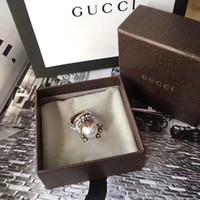 perlenringe großhandel-2019 designer retro look perle blume ring diamant luxuriöse marke ring hochzeit schmuck ringe engagement für frauen mit original box