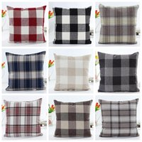 ingrosso progetta i cuscini-Plaid Pillow case Check Pattern Fodere per cuscini Xmas Christmas federe quadrate Tartan Design Linen Cotton Bedding Tessuti per la casa GGA1447