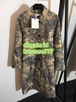 ingrosso cappotti di animali per le donne-2019 Cappotti con stampa animalier della giungla delle donne Cappotto con tunica a taschino doppio petto con risvolto normale S-M-L 19
