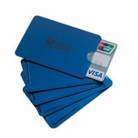 metal rfid kredi kartı kasaları toptan satış-Alüminyum Mavi Lazer Anti Rfid Cüzdan Engelleme Okuyucu Kilit Banka Kartı Tutucu Kimlik Banka Kartı Durumda Iş Koruma Metal Kredi