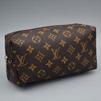 brieftasche frauen berühmte marke großhandel-Großhandel Frauen Dame Designer Wallets Luxus Handtaschen Geldbörsen Berühmte Brief Brieftasche Marke Geldbörse Kosmetiktaschen Heißer Verkauf