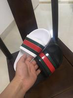 sandalias italianas mujeres al por mayor-Sandalias italianas para hombre mujer Moda Zapatillas Causal Raya Huaraches casual Flip Flops mocasines zapatillas mocasines Diapositivas Tamaño 36-45