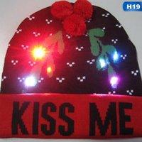 ingrosso albero si accende-Nuovo LED Light Up Knitted Hat per bambini Cappello di Natale per adulti Cappello di Natale Beanie Maglione Albero Beanie Caps