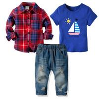 bebek rip kot toptan satış-3 parça Suit Baby Boy Kısa Kollu T Shirt Gömlek Modelleri ve Yırtık Kot Bebek Boy Giyim 19071402 ayarlar
