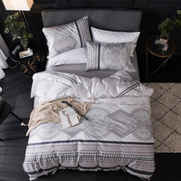 Wholesale black egyptian cotton bedding resale online - TUTUBIRD White and Black Luxury Egyptian cotton bedding sets Mandala Buddhism style Duvet Covers bedclothes queen king size