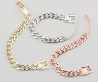 beyaz altın düşük fiyatlar toptan satış-Hotsale 18 K Rose Gold Beyaz Moda M Altın Bilezik Bayan Modelleri Su Dalgası Bilezik Mektup Logosu Bilezik Düşük Fiyat B021 / 26/30