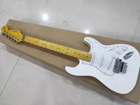 ingrosso corpo della chitarra elettrica dell'acero-Negozio di chitarra elettrica classica / doppia serie di vibrato / corpo in tiglio / tastiera in acero / sei corde / garanzia di qualità / consegna gratuita