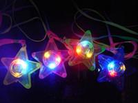ingrosso collana lampeggiante dei ragazzi-300pcs LED incandescente collana piccola stella lampeggiante Hanging Light-up giocattoli per bambini festa di compleanno favori trasporto libero del DHL lin4943