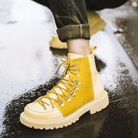 ingrosso stivali alti dell'alto tallone-Stivali moda Martin Flat Heel Casual high-top Uomo British Style Scarpe da skate scarpe sportive ghette sneaker hip-pop in vera pelle cravatta croce