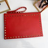 ingrosso sacchetti di buste di progettazione-Classici di alta qualità rivetti frizioni pochette in pelle di lusso per le signore borse a tracolla a tracolla per borsa delle donne famose