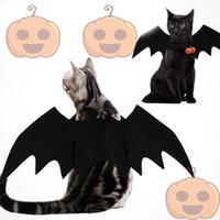 tasarım çanları toptan satış-Bells Köpek Harness Festivali Giyim Ücretsiz alışveriş ile Cadılar Bayramı Yeni Tasarım Pet Siyah Unisex Bat Cosplay Kostüm Vampir kanatlar