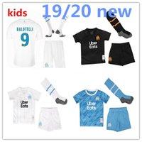 kits de fútbol para niños al por mayor-Maillot de fútbol Olympique de Marseille 2019/20 kit para niños con calcetines MarsellaS 2019/20 OM CAMISETA Marsella PAYET thauvin L.gustavo camisetas de niños
