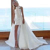 vestidos de casamento sem alças de cetim venda por atacado-Modern strapless vestidos curtos de casamento com trem destacável lace up de cetim boho praia vestidos de noiva vestido de novia