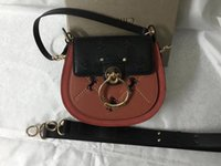 Wholesale simple gold body chain resale online - High quality Brand desgin Women s fashion muzzle bag saddle bag simple and generous in autumn and winter