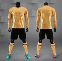 ingrosso il manicotto lungo jersey squadra di calcio-2019 adulto maglie calcio Portiere Kit Uniforme 19-20 adulto Uomini portiere maglietta Blank Logo Team personalizzato manica lunga camicia di calcio