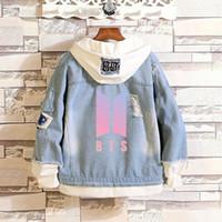 ingrosso ragazzi jeans abbigliamento-BTS Kpop Love Yourself Denim Jean Cappotto giacca cucitura Harajuku Bangtan Boy Abbigliamento fan Primavera Autunno Hoodies BTS Accessori