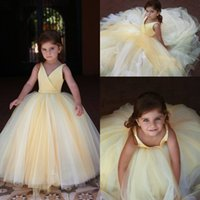 Wholesale girls 3t wedding dress for sale - 2019 Cupcake V neck Mini Flower Girl Dresses for Weddings Pageant Girls Formal Little Kids Birthday Party Gowns
