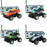 carro de brinquedo controle remoto mini venda por atacado-Mini Rc Car criativa remoto portátil Controle Crianças Crianças Toy Car presente do presente Remote Control Car