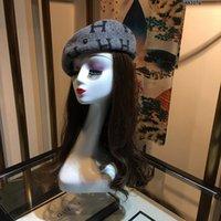 chapéu francês do beanie da boina venda por atacado-Atacado-Mulheres Lã Clássico estava quente francês Beret Hat Beanie Mini Cap Pure Color doce Caps For Women Golf Hat