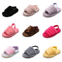 Wholesale women nurse shoes for sale - Group buy 2020 Ryamag Slip On Casual Garden Waterproof Shoes Classic Nursing Clogs Hospital Women Work Medical Slippers Y200405