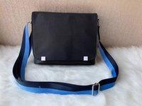 saco do portátil do ombro transversal venda por atacado-Designer de luxo Homens Cruz Corpo Genuíno Bolsa De Couro Homem Maleta Laptop Bolsa de Ombro Messenger Bag