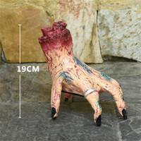 ingrosso puntelli a mano-Halloween elettrico giocattoli creativi Walking Tricky Props spaventare la gente costume del partito a mano Halloween Party Prank Props Zombie mano