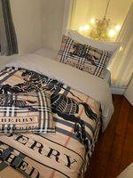 Wholesale jacquard sheets sets resale online - Branded Flower Letter Printed Cotton Bedding Set Fashion Sheet Duvet Cover Pillowcases Duvet Cover Home Textiles