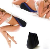 şişirilebilir pozisyon toptan satış-Şişme Yardım Kama Yastık Üçgen Aşk Pozisyonu Yastık Çift Mobilya Taşınabilir Yastık Çift Prop Yatak Yastık